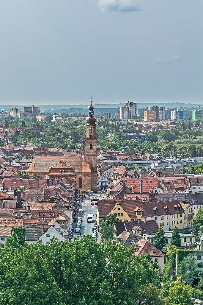 Blick auf den Martin Lutherplatz in Erlangen.