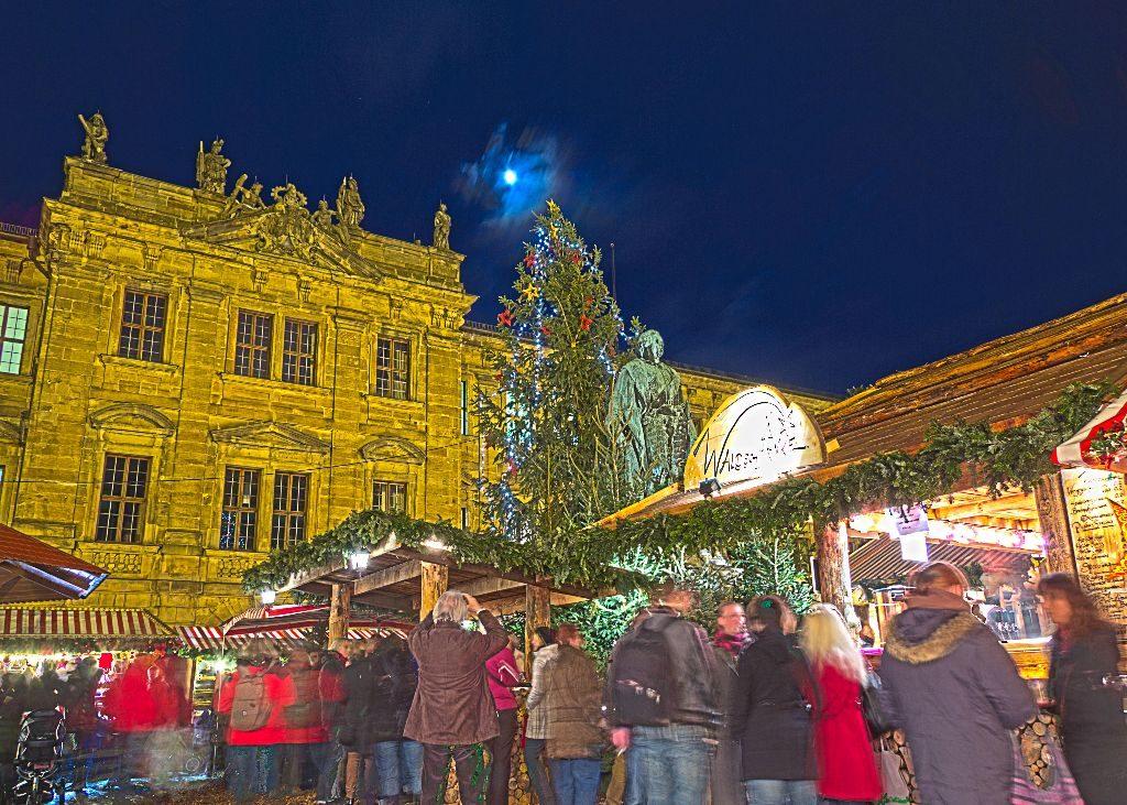 Weihnachtsmarkt am Schlossplatz